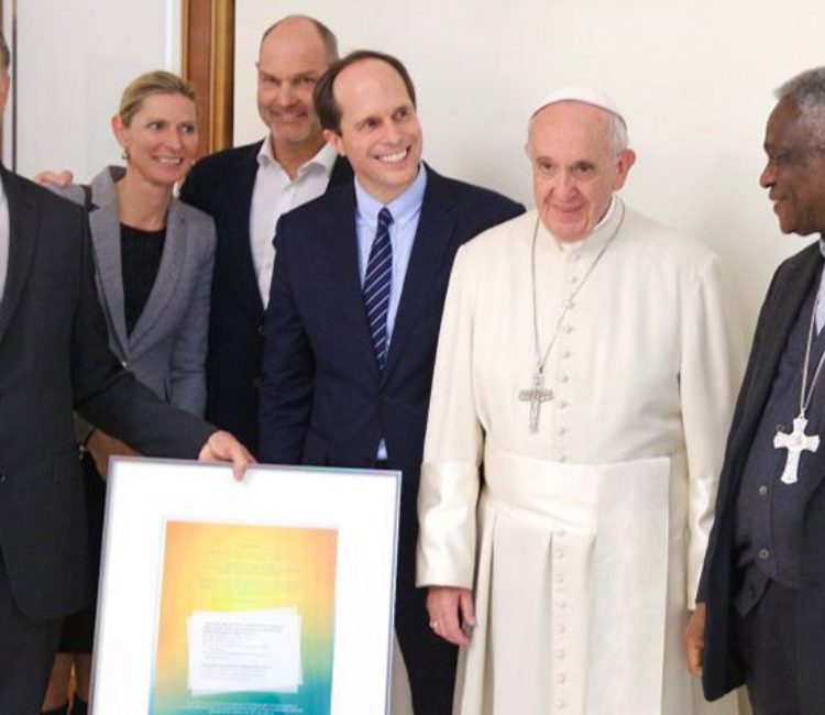Vatikan Papst Elektroauto The Mobility House